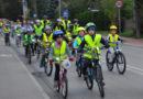 Jesienny przejazd rowerzystów po Brwinowie i Parzniewie